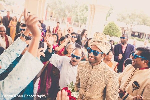 Baraat http://www.maharaniweddings.com/gallery/photo/60012