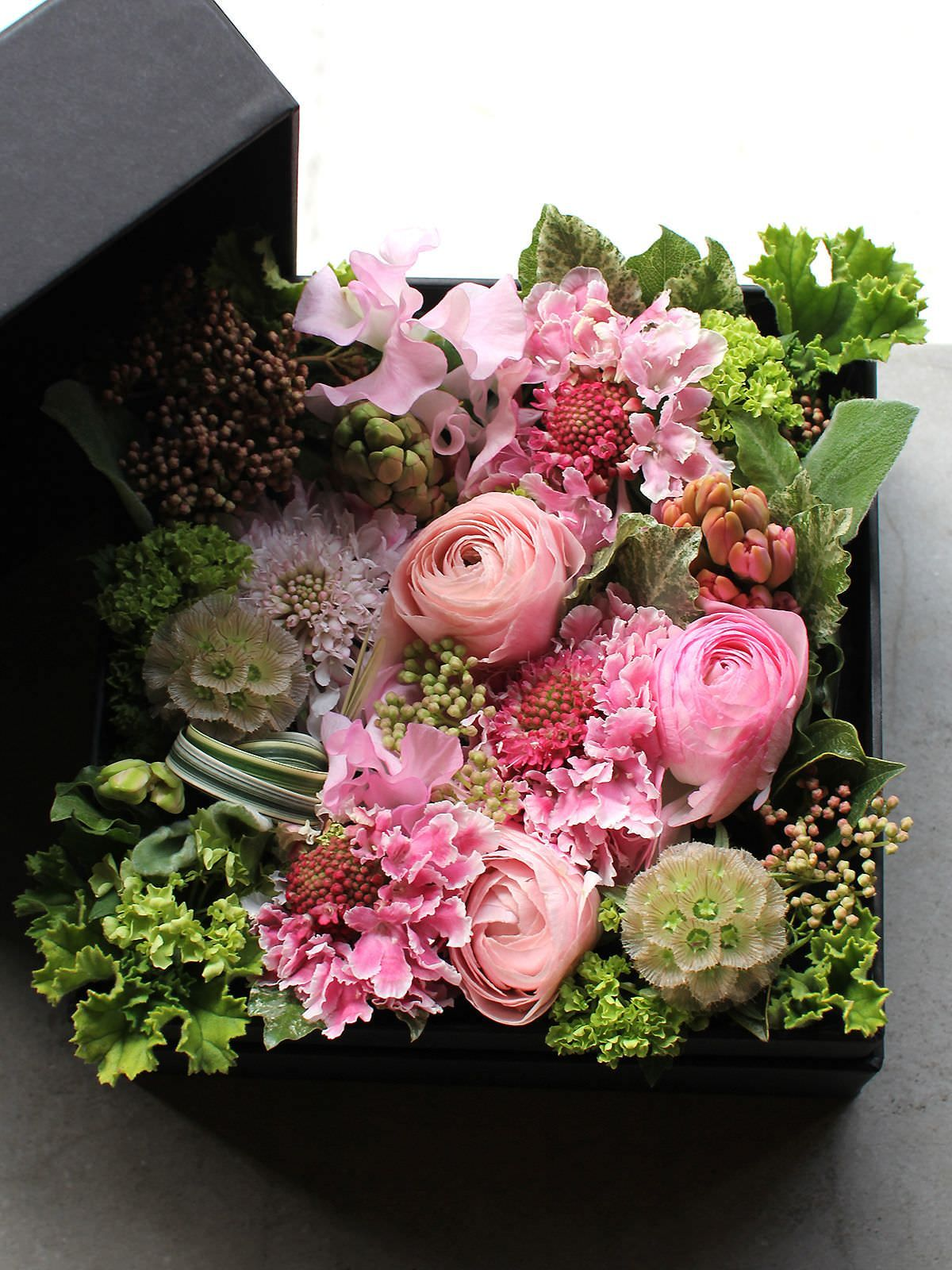 Box flower arrangement unbelievably for Arrangement jardin