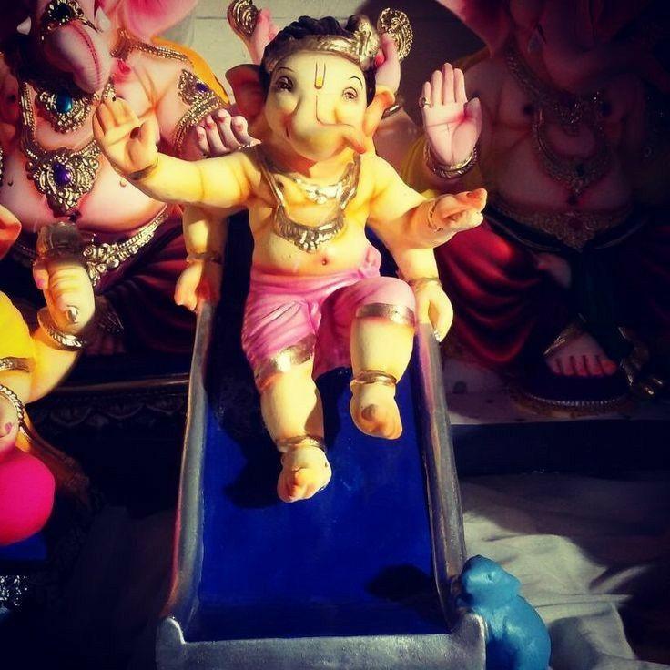 Pin By Suvarna Vinod On Ganpati Lord Ganesha Paintings Baby Ganesha Ganesha Art