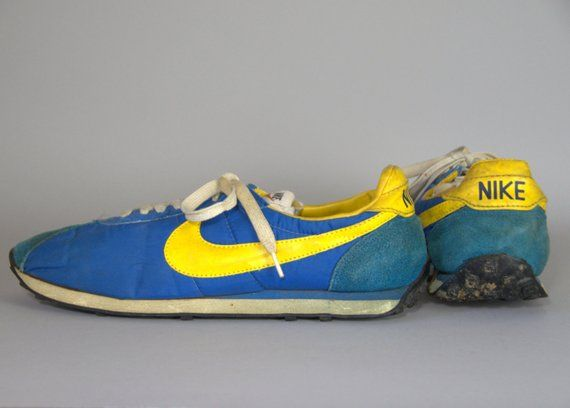online retailer 9882c 4456e 70s Nike Waffle Trainer Running Shoes Made in Japan Royal Blue and Gold Mens  11.5
