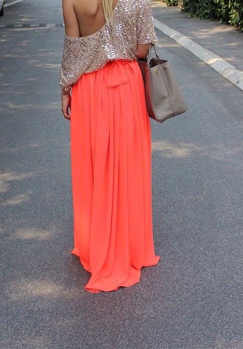 Long fluor skirt