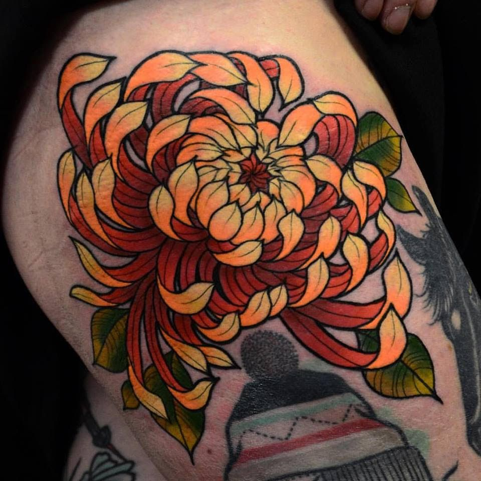 Pin By Wolverkeen On Various Chrysanthemum Tattoo Tattoos