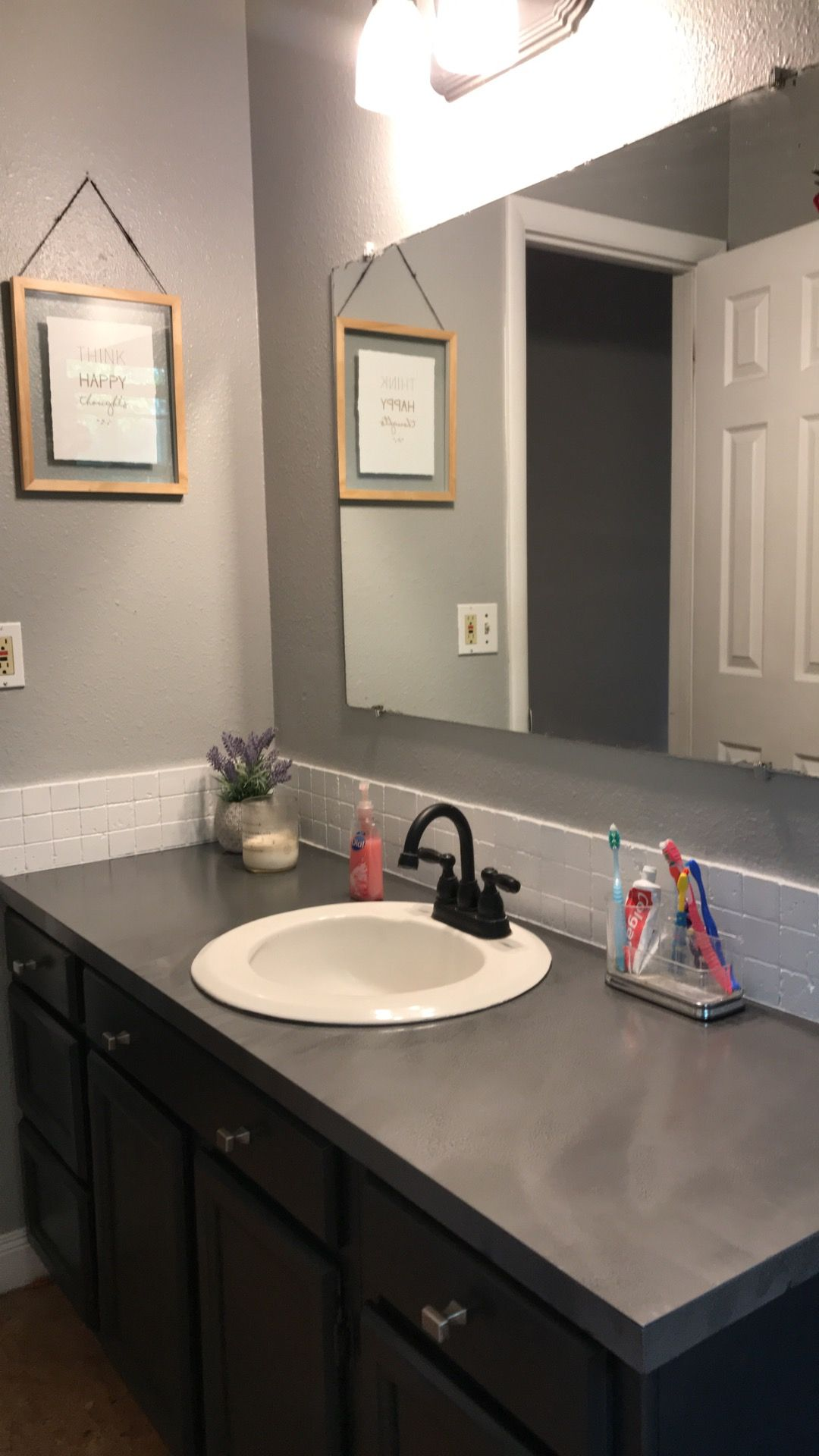 Spray Painted Counter Tops Using Rustolem Textured Paint Hammered