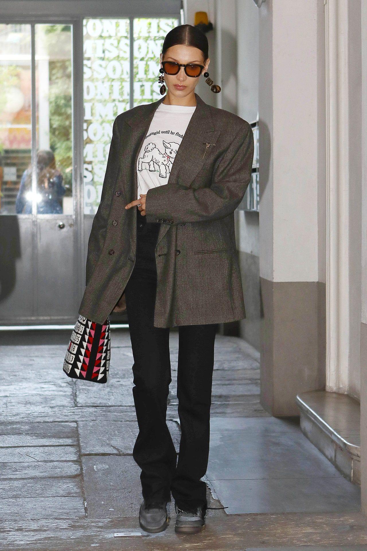 Bella Hadid: Mit diesen 41 Street-Style-Looks war sie 2020 stilprägend