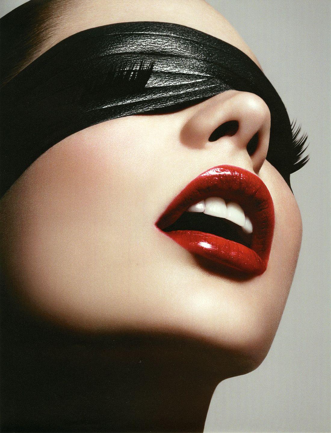 Robin Schoen Beauty Book On Behance Face Lips Mouth Teeth