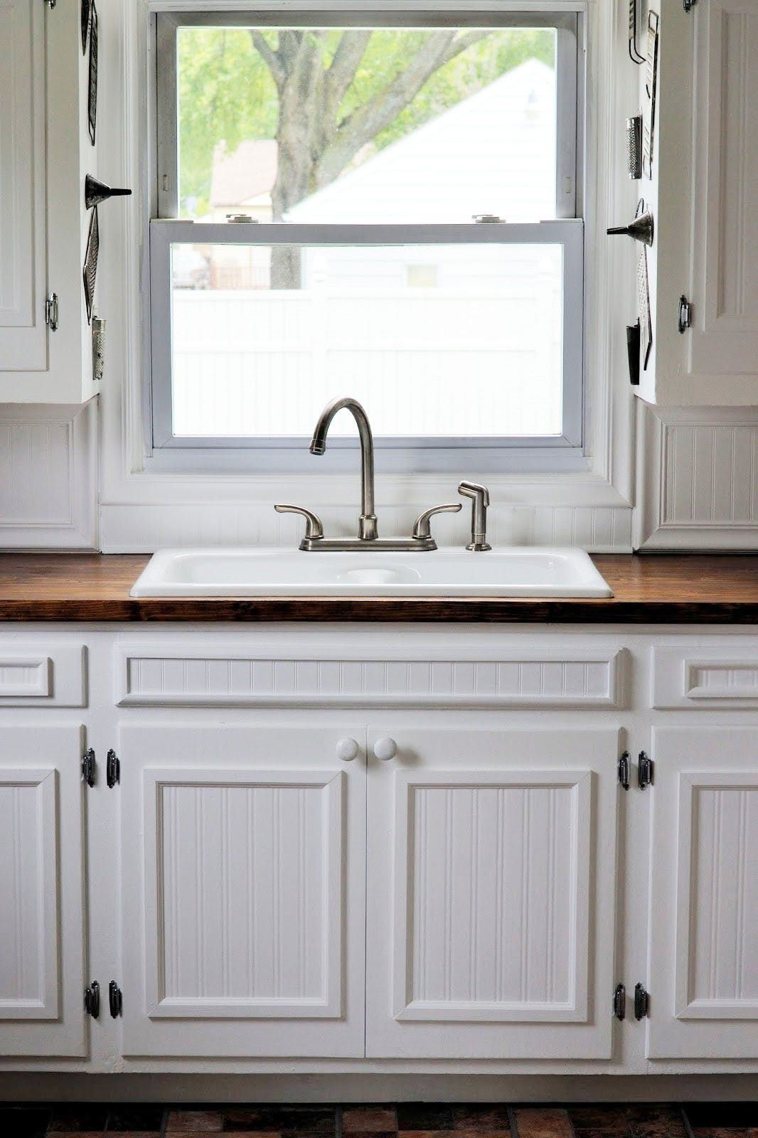 Decorative Details Adding Character To Your Home With Textured Wallpaper In 2020 Grand Kitchen Beadboard Wallpaper Kitchen Cabinet Doors