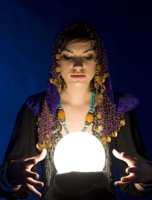 DIY: Crystal Ball Prop | halloween | Diy crystals, Crystal