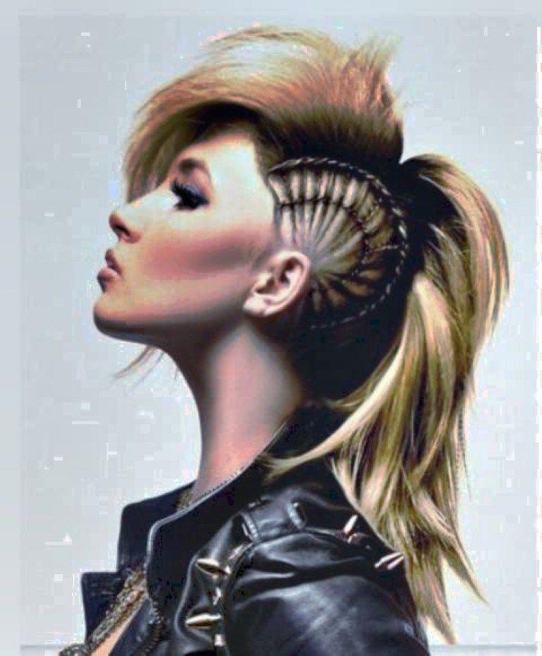 Punk Frisuren Fur Frauen Mohawk Hairstyles For Women Mohawk Hairstyles Punk Hair