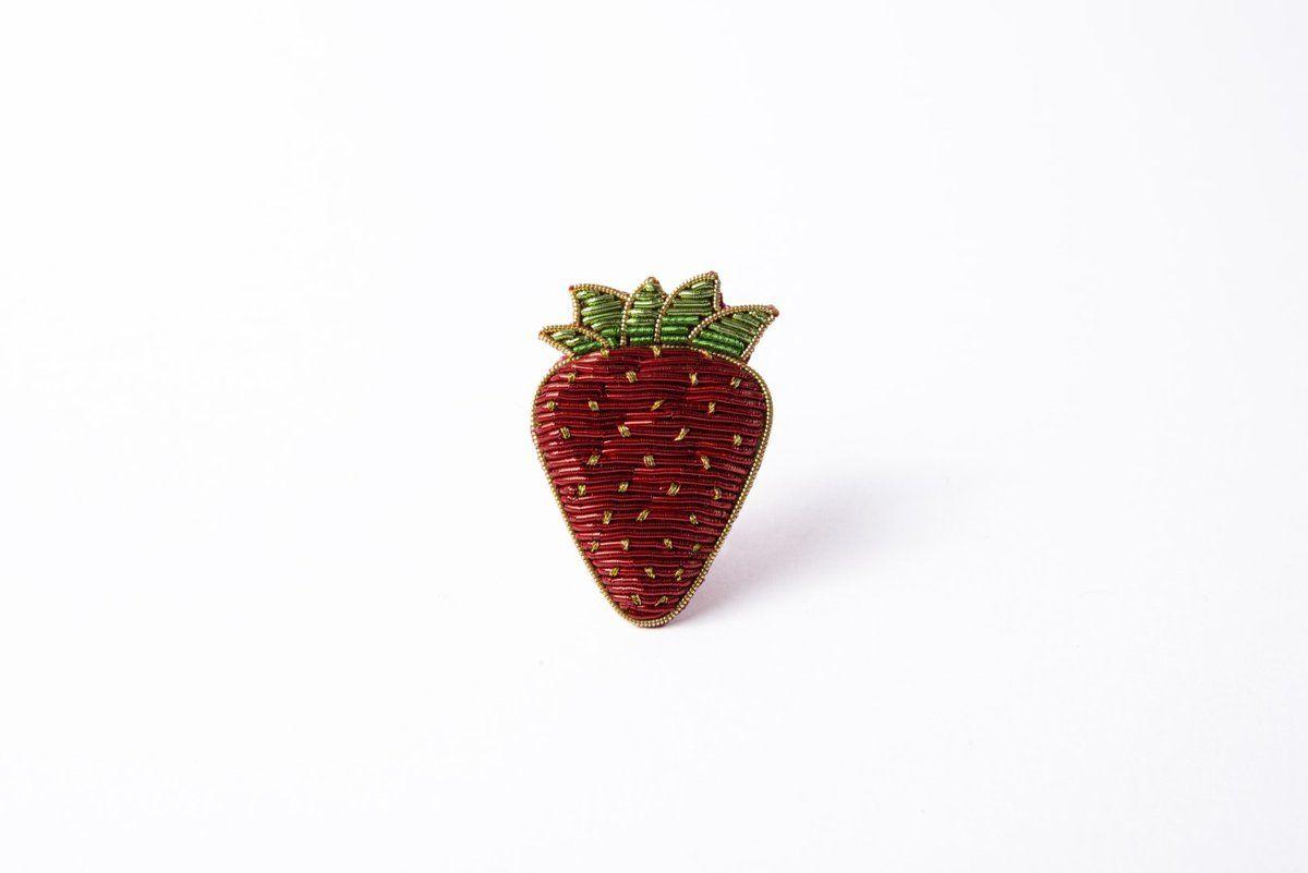 Strawberry Goldwork Brooch – Hand&Lock
