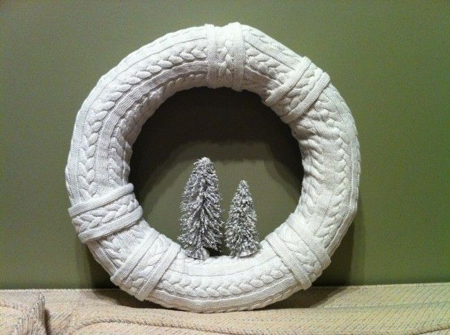 awww, precious!!  I love cableknit!! Winter wreath made from cable knit sweater