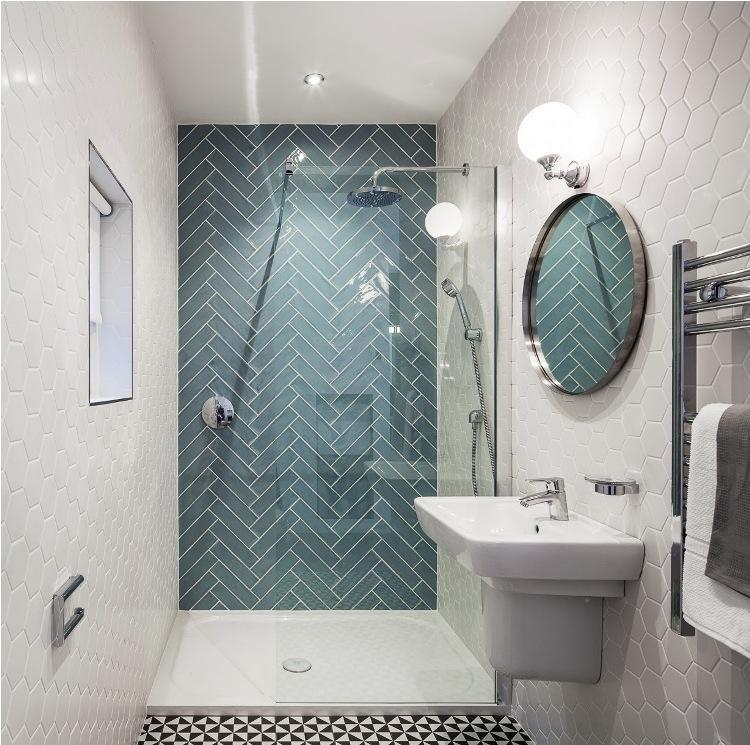 aménagement-petite-salle-bain-blanc-bleu Bathroom Pinterest