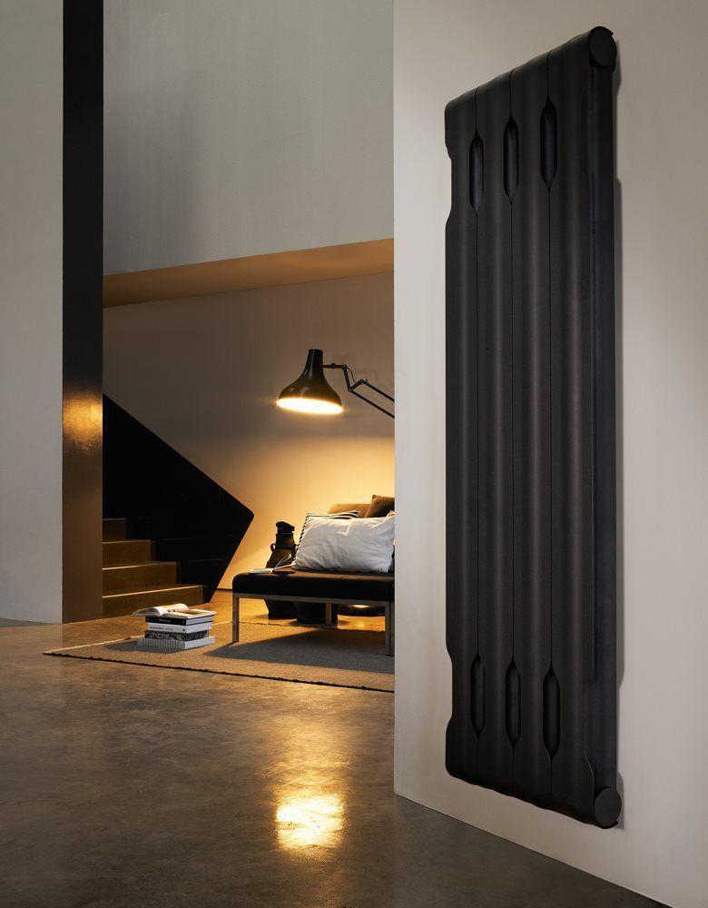 Radiateur Mural Noir Agora Chauffage Entierement Fabrique En Aluminium Recyclable Des Decoration Interieur Design Radiateur Mural Design Interieur Contemporain