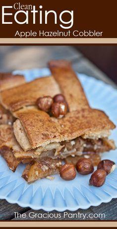 Apple Hazelnut Cobbler. #cleaneating #eatclean #cleaneatingrecipes #dairyfree #dairyfreerecipes #cleaneatingdiaryfreerecipes