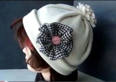 How To Sew A Fleece Hat Fleece Hats Sewing Projects And Tutorials