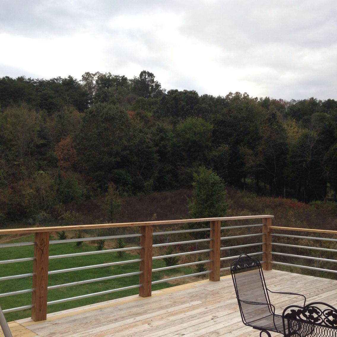 Very Modern Look Using 1 1 4 Conduit Railing Modern Deck Backyard Deck Deck Stair Railing