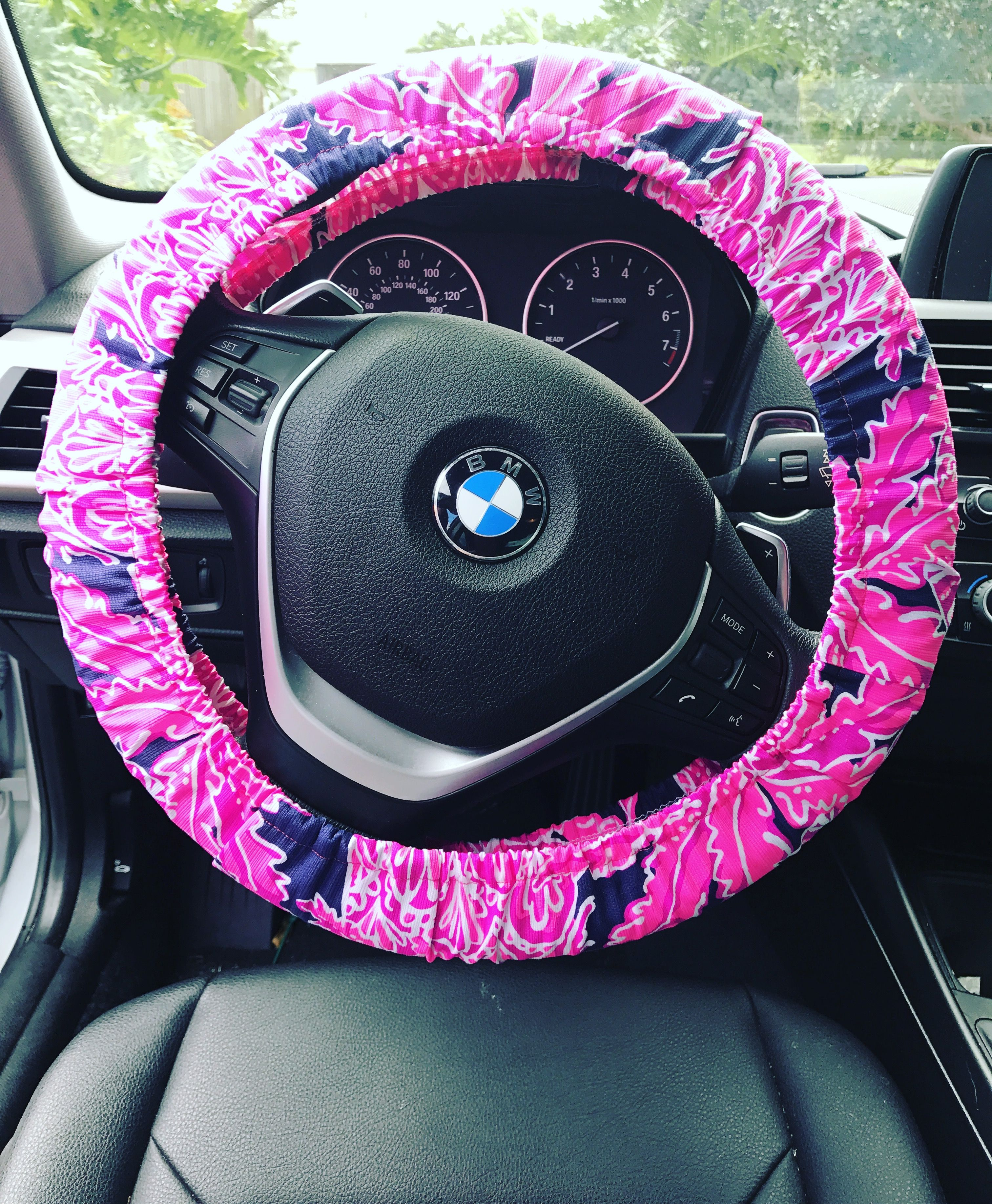 Groovy My Diy Steering Wheel Cover In Coco Safari Lilly Pulitzer Alphanode Cool Chair Designs And Ideas Alphanodeonline