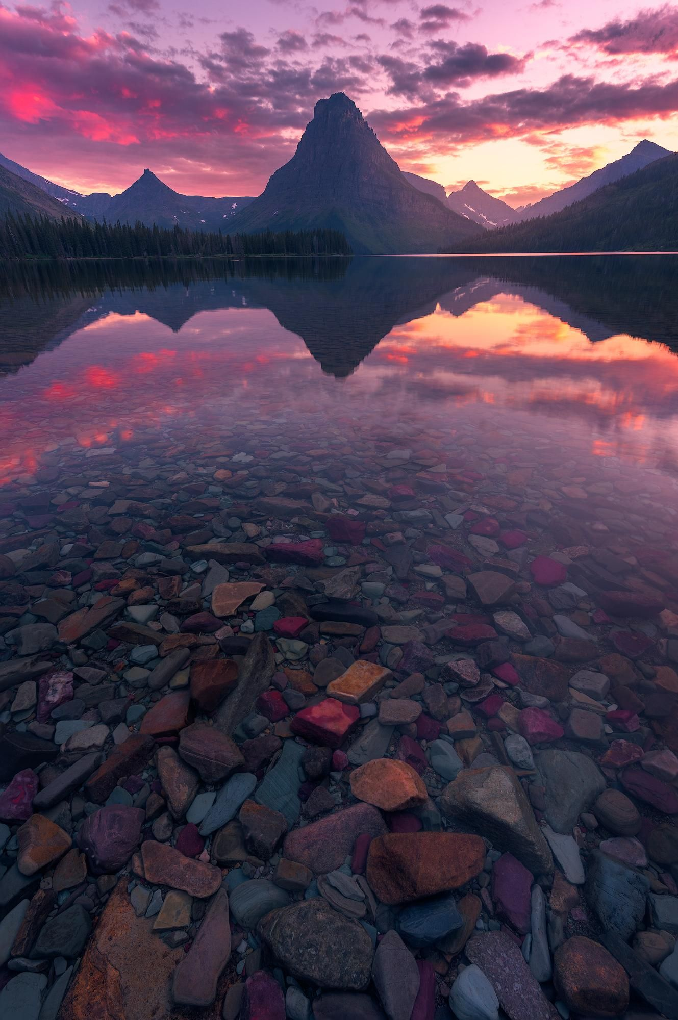 Sunset over Lake Mcdonal [Montana USA] [1329x2000] [OC] #amazing #beautiful #photography #earth #scenery