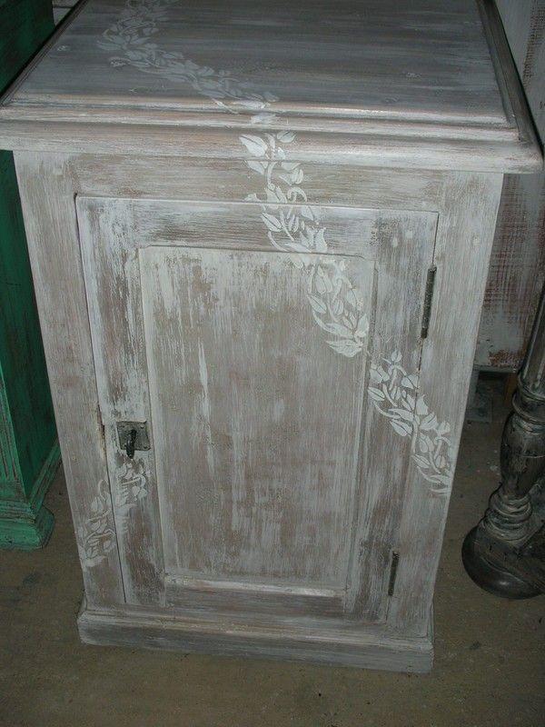 Confiturier relook meubles collages peintures et - Pochoir peinture meuble ...