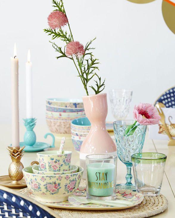 Gedeckter tisch gezeichnet  Romantische Stimmung am gedeckten Tisch von Rice mit dem tollen ...