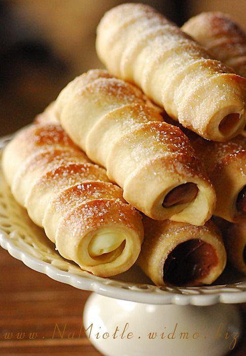 Rurki z kremem a polish crisp pastry filled with custard cream 1 a polish crisp pastry filled with custard cream 1 from polish food recipespolish dessertspolish forumfinder Images