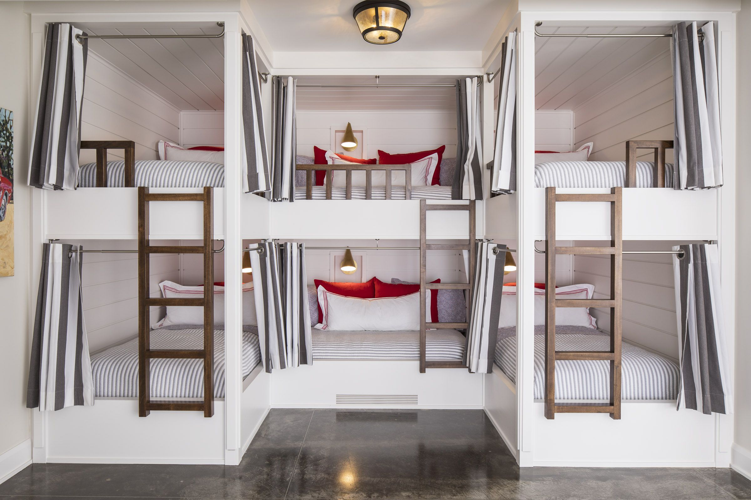 Lake House Bunk Bed Room In 2020 Bunk Bed Rooms Sleepover Room Bunk Rooms