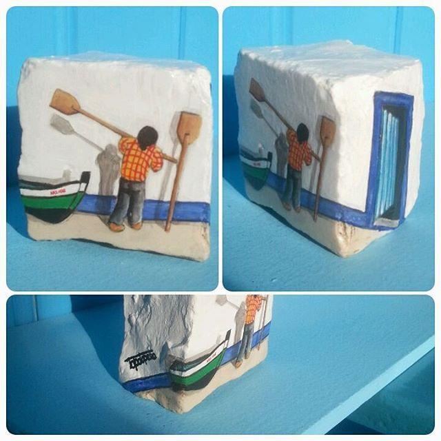 #pedra#pedradacalcada#miniatura#stone#stonepaiting#nazare#portugal#pescador#barcos#arte#artesanato#3d#original#souvenir#miniature