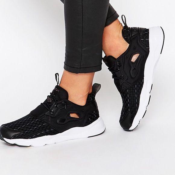 Reebok Furylite New Woven Sneakers NWOT Never Worn