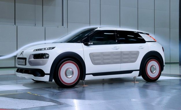 the citroën c4 cactus crossover airflow 2l concept uses compressed
