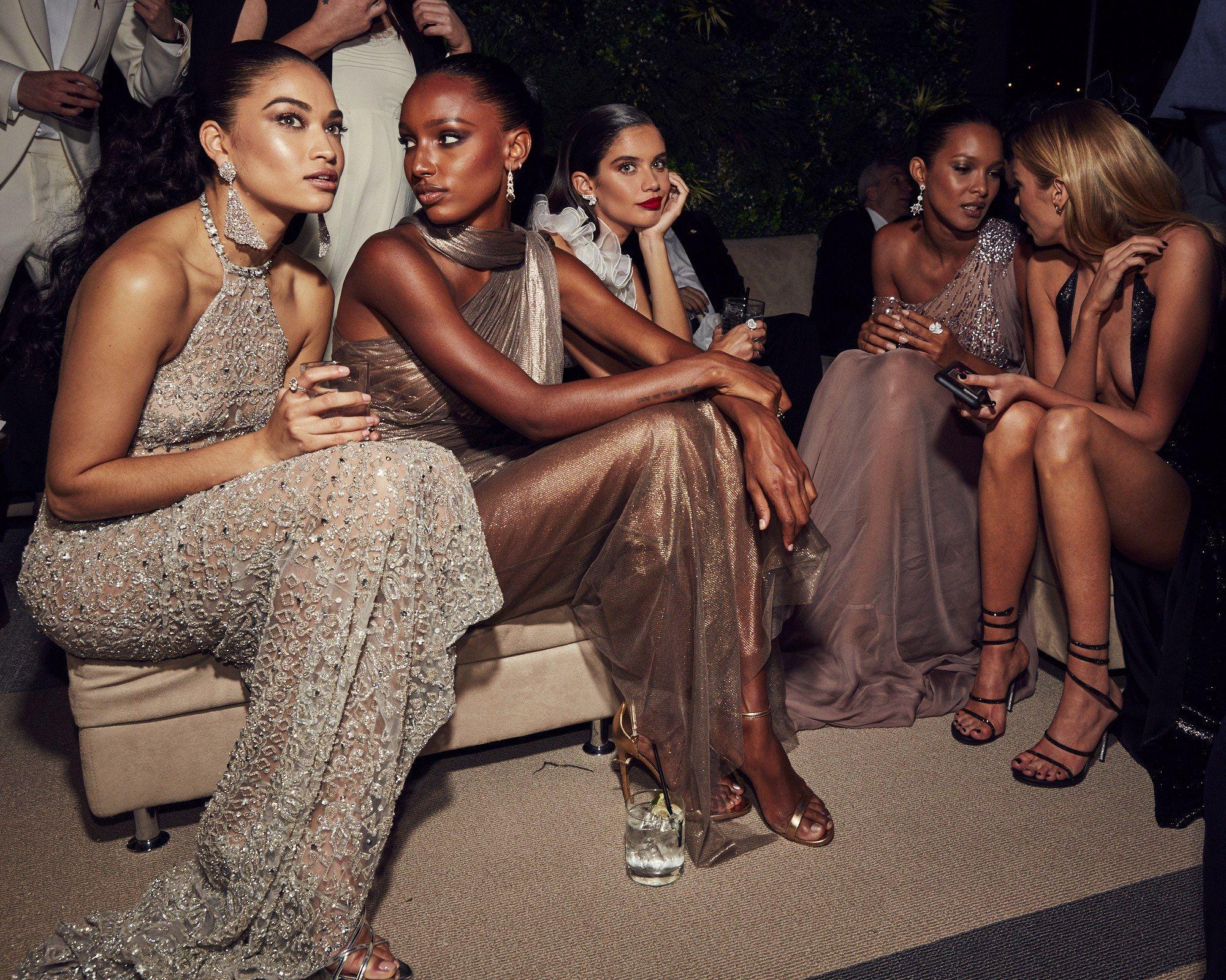 Fashion week Shaik shanina models accesorizes 30th birthday campaign for girls