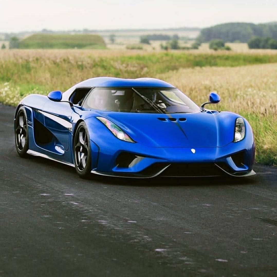 The Super Car Scoop On Instagram Blue Regera Looking Gorgeous Koenigsegg Regera Koenigseggregera Supercars Hypercars Supercar Koenigsegg Supercars