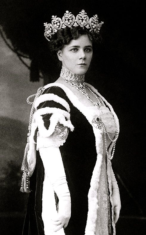 Helena, Duchess of Manchester, wearing the Manchester Diamond Tiara, United Kingdom (1903; made by Cartier; diamonds, gold, silver).