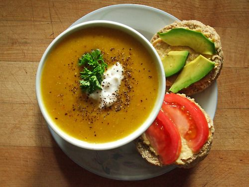 Yummie soulfood ~ roasted butternut squash soup, whole wheat baking powder biscuit with roasted garlic hummus, tomato, & avocado