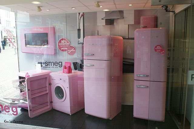 Pink smeg for the cure explored pink kitchen for Modern retro kitchen appliance