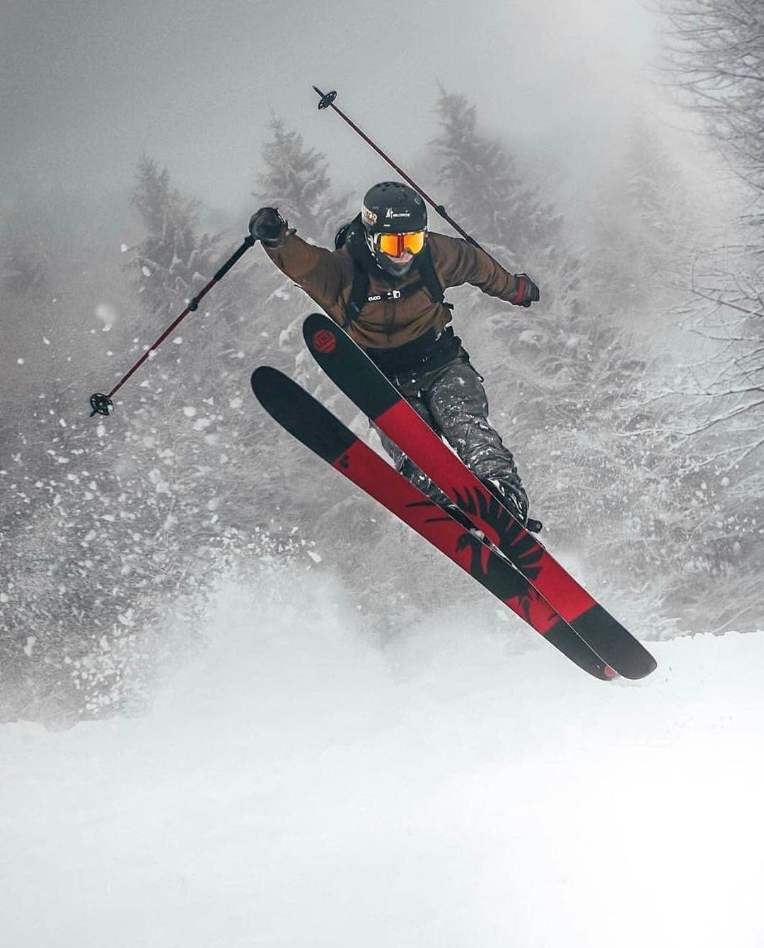 Froid Hiver Neige Snow Ski Skier Montagne Noel Cadeaux Veste Chaude Skieur Ski Hiver