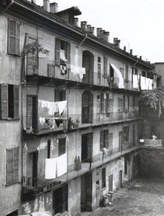 Case di ringhiera vecchie foto vecchie fotografie e for Fotografie di case