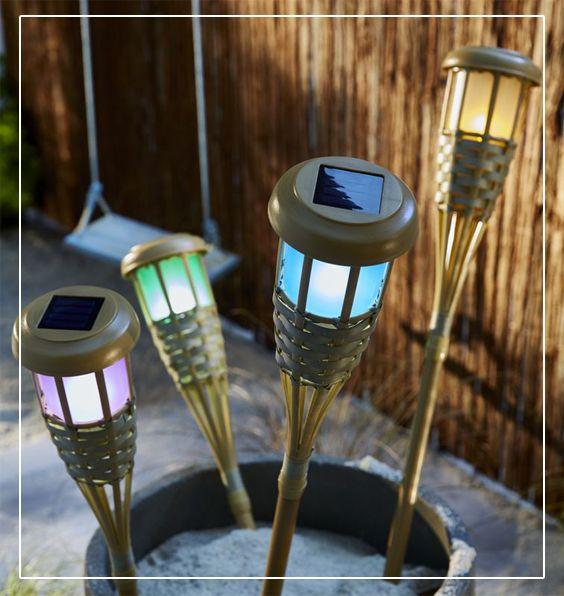 Des Torches Led Solaire Tiki Illumineront Vos Exterieurs Avec