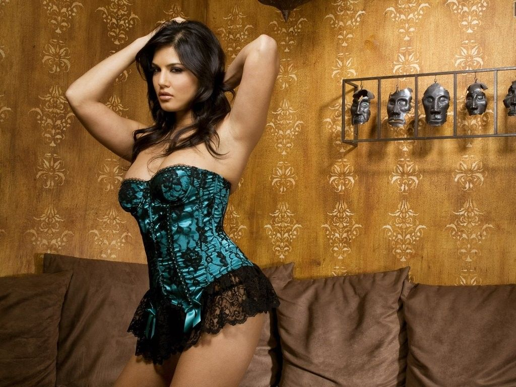 free download sunny leone backgrounds   hd wallpapers   pinterest
