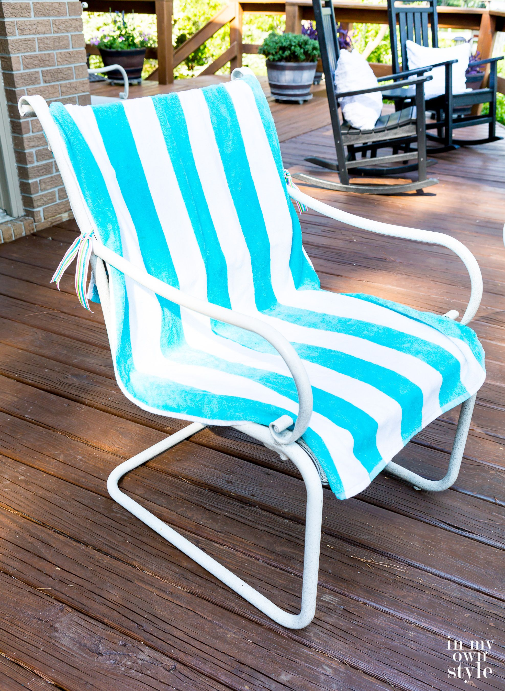 How to make tie on washable outdoor chair cushions without