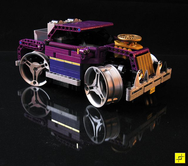 Purple and Gold always cool, even without rubber....