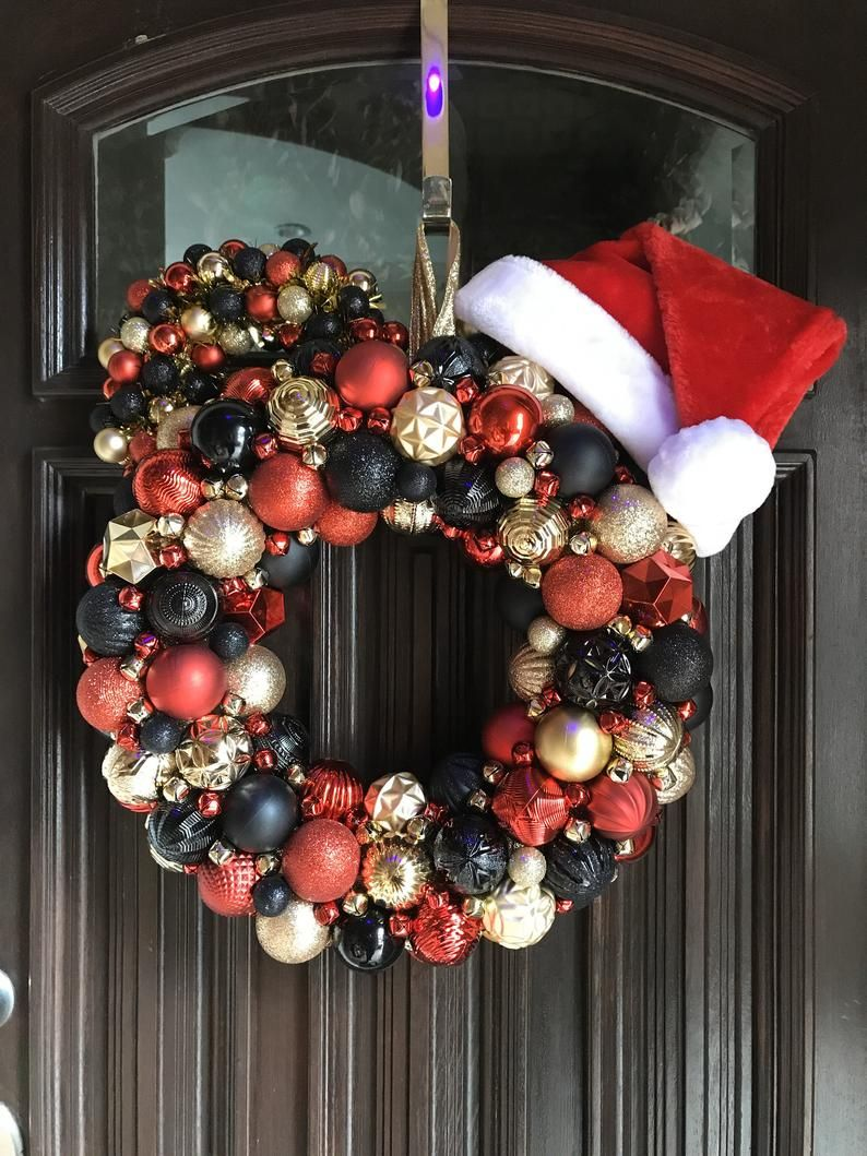 Mickey Christmas Wreath Mickey Mouse Disney Holiday Wreath Red Gold And Black Ornament Mickey Mouse Wreath Bauble Mickey Wreath Christmas Wreaths Mickey Christmas Mickey Mouse Wreath