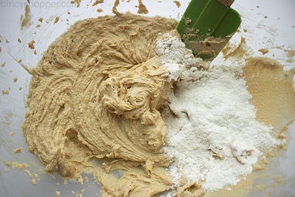 Peanut Butter Blossom Cookies - CincyShopper