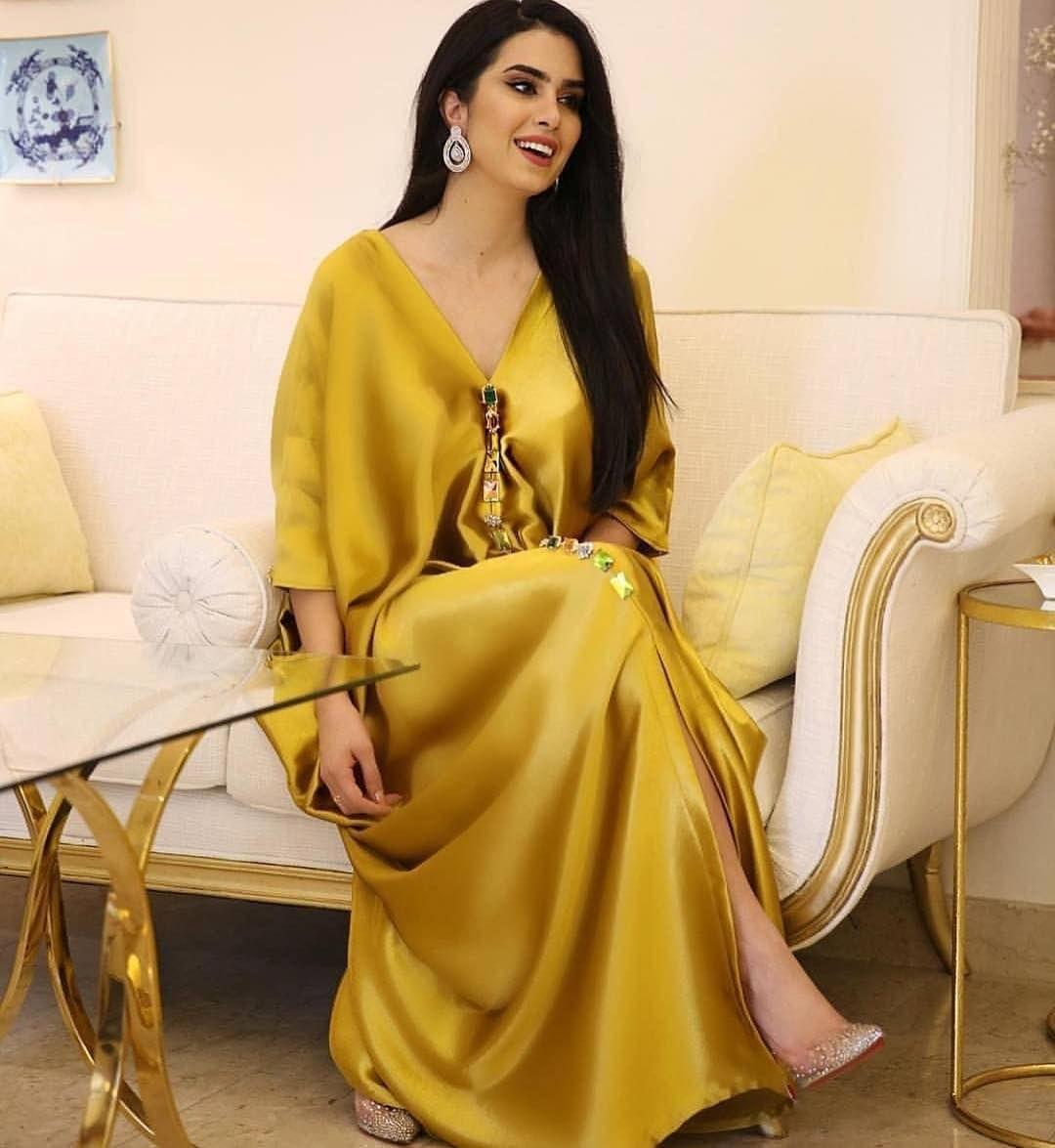 برنسيسة للازياء المغربية On Instagram بنات شو تسمون اللون