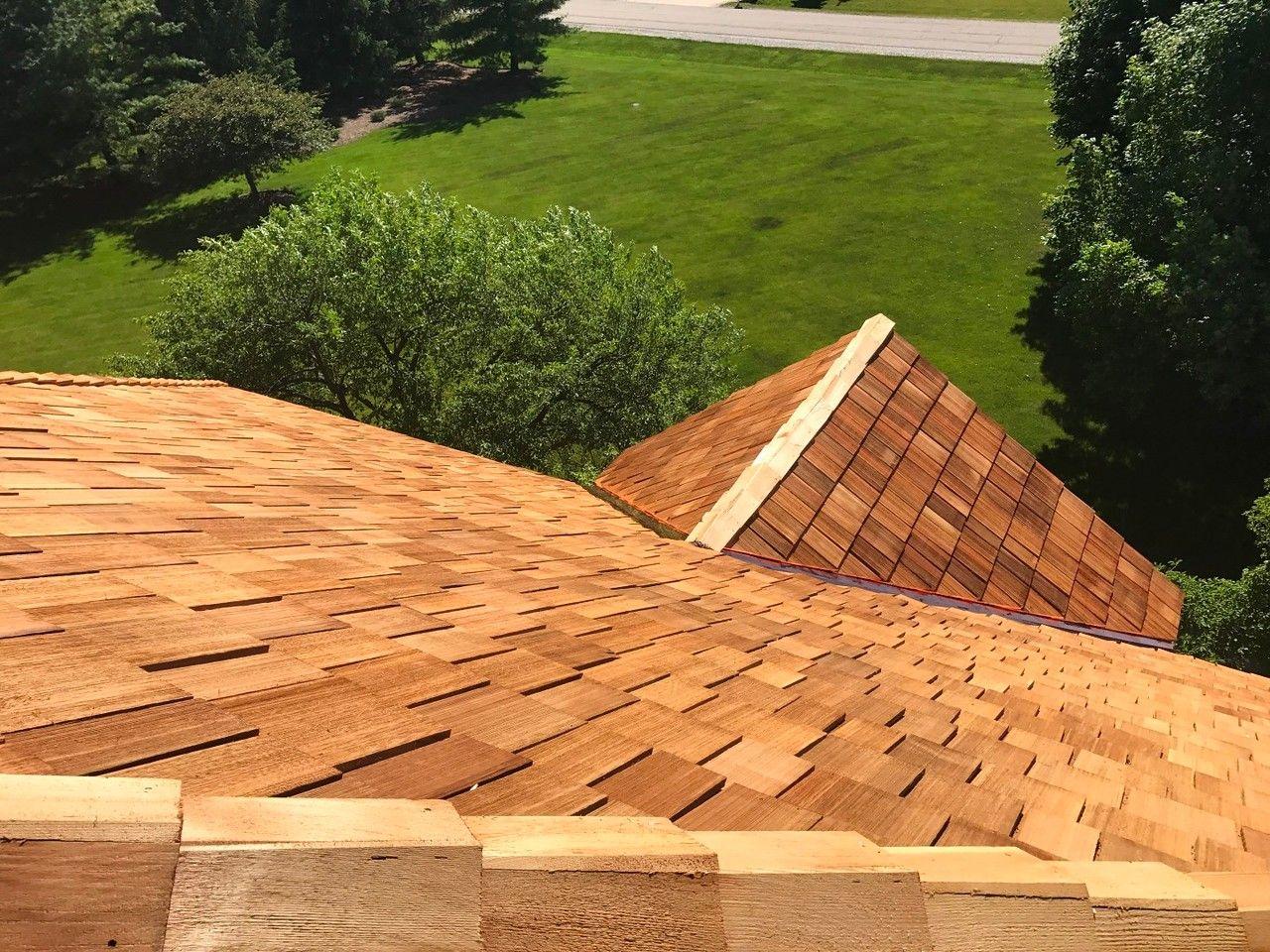 Best Cedar Roofing Installation Cedar Roof Roofing Cedar Shake Roof 400 x 300