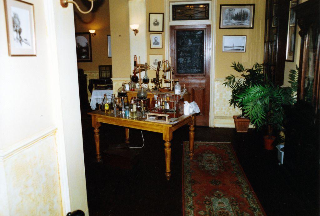 221b Baker Street Sherlock Holmes Granada Studios Tour Jeremy Brett Sherlock Holmes Baker Street Sherlock Holmes
