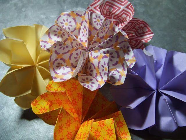 Describe Happy Origami Spring Flower Tutorial
