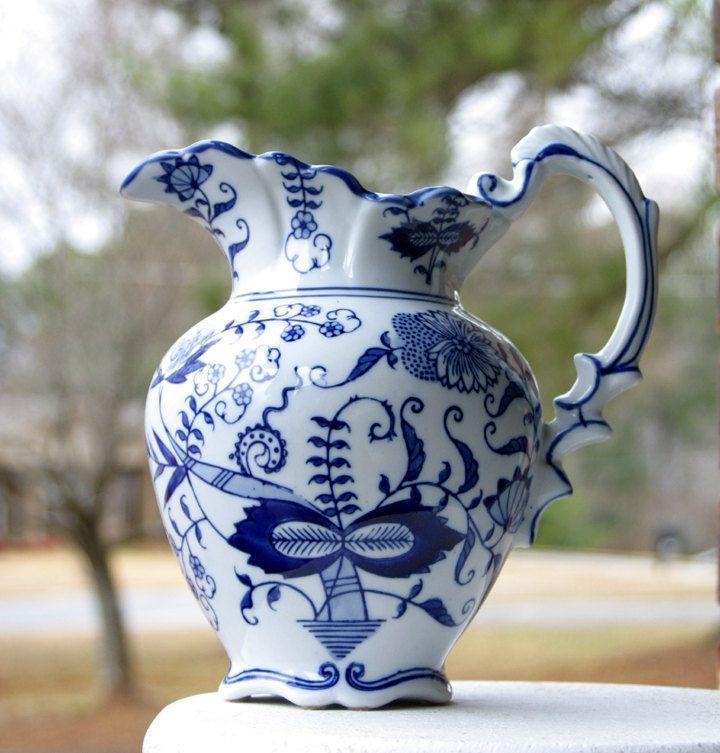blue onion porcelain seymour mann pitcher geschirr pinterest geschirr. Black Bedroom Furniture Sets. Home Design Ideas