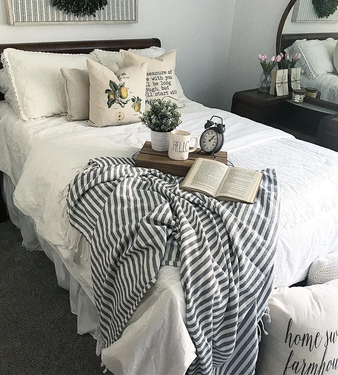 einfaches schlafzimmer für teenager ideen schlafzimmer einfaches loft cottage schöne gästezimmer hauptschlafzimmer gäste schlafzimmerdekor pin von megan compton auf farmhouse country chic pinterest