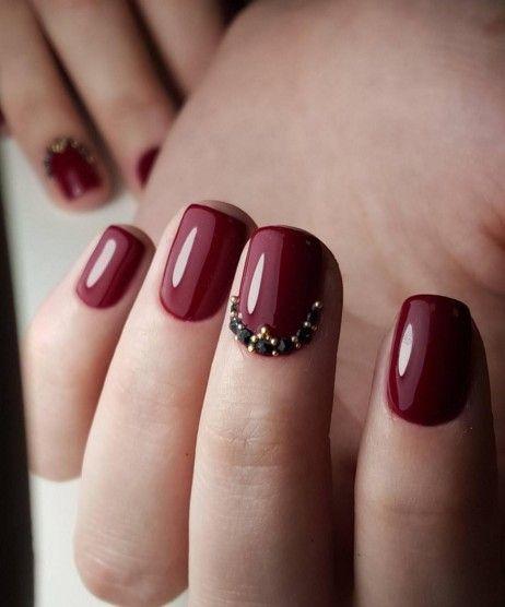 Short Nail Art Dark Red