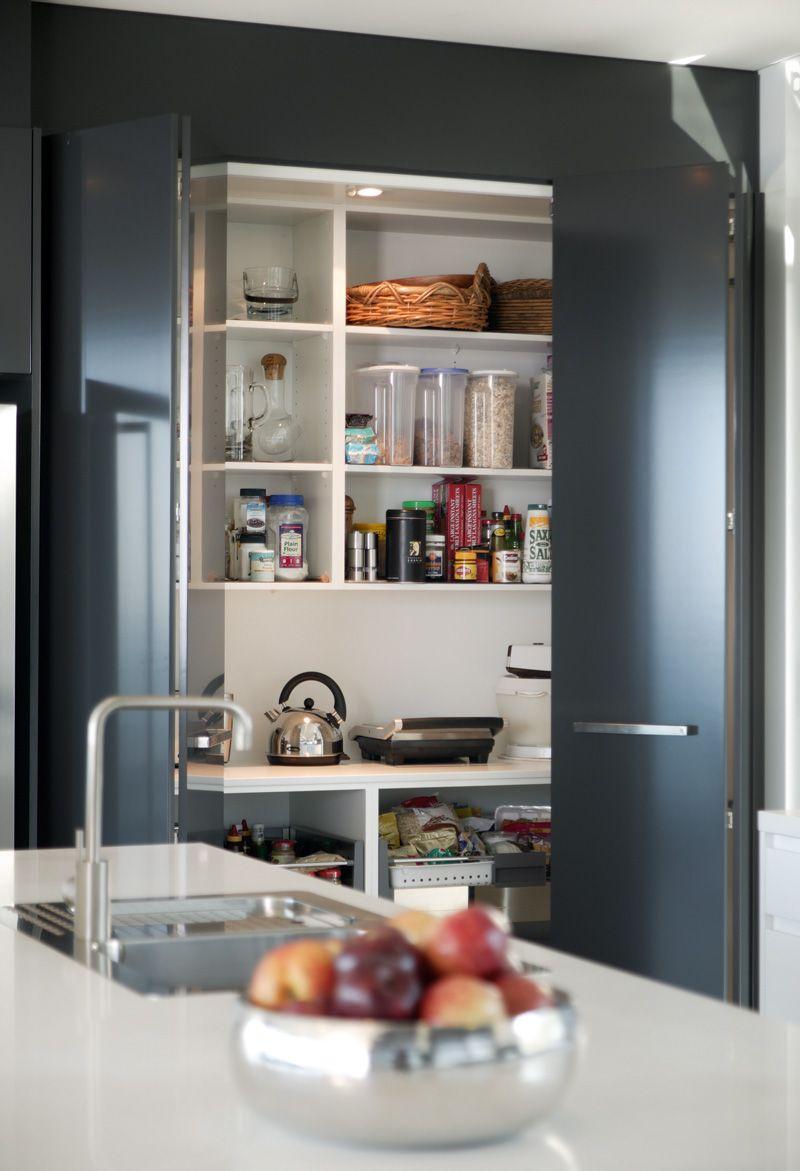 faltt ren hinter denen man die arbeitsger te verstecken kann k che kitchen pinterest. Black Bedroom Furniture Sets. Home Design Ideas