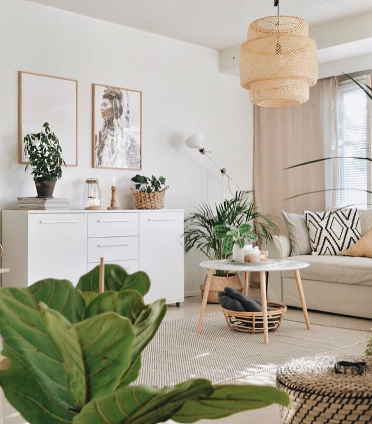 Living Room Home Decor House Decoration Bohemian Chic Apartment Therapy Small Apartment Therapy Small Spaces Living Room Green Apartment Living Room